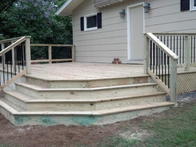Deck Builder in Portage County Wisconsin